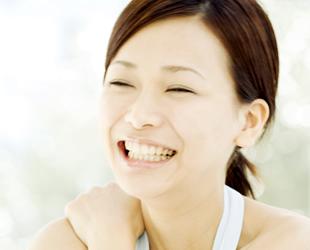 笑顔を作る美しい歯